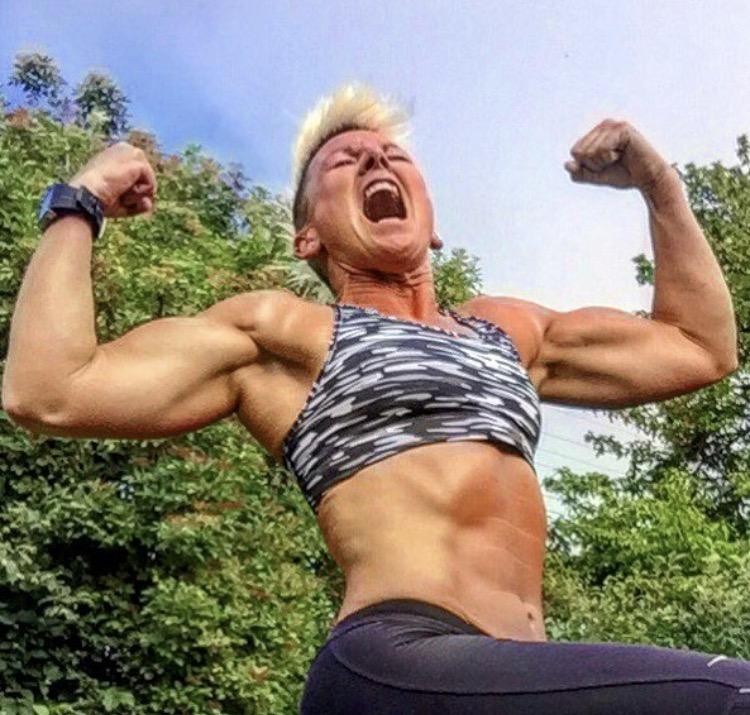 Stora muskler och stora tuppar